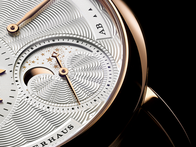 Feature - 1 Little Lange 1 Moon Phase 182.030