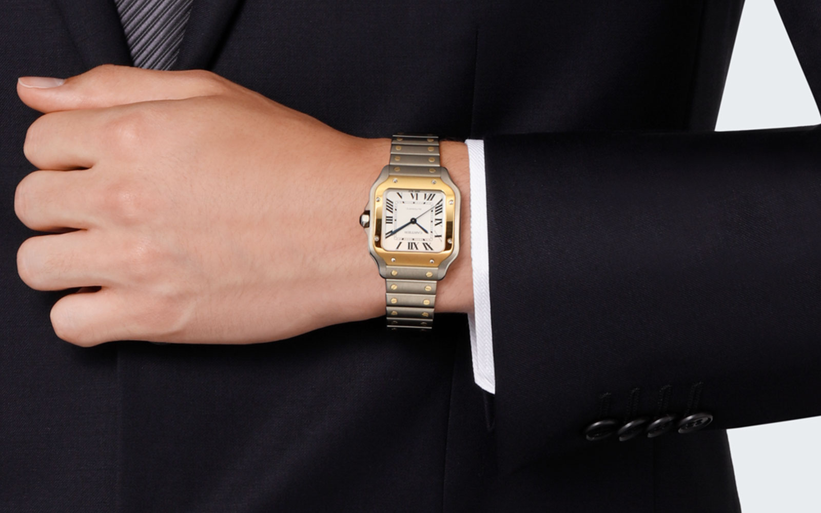 SANTOS DE CARTIER WATCH - feature